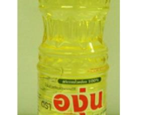 น้ำมันถั่วเหลืองผ่านกรรมวิธี ตราองุ่น บรรจุในขวดเพ็ท ขนาด 1000 มิลลิลิตร